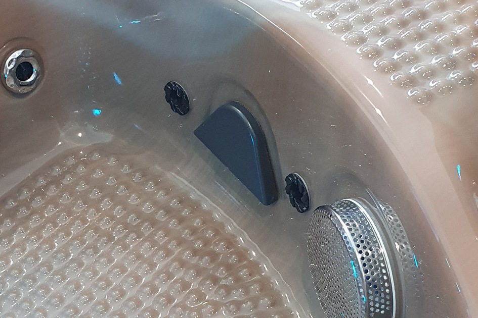 British Hot Tub Feature | Self Cleaning Blaster Jet